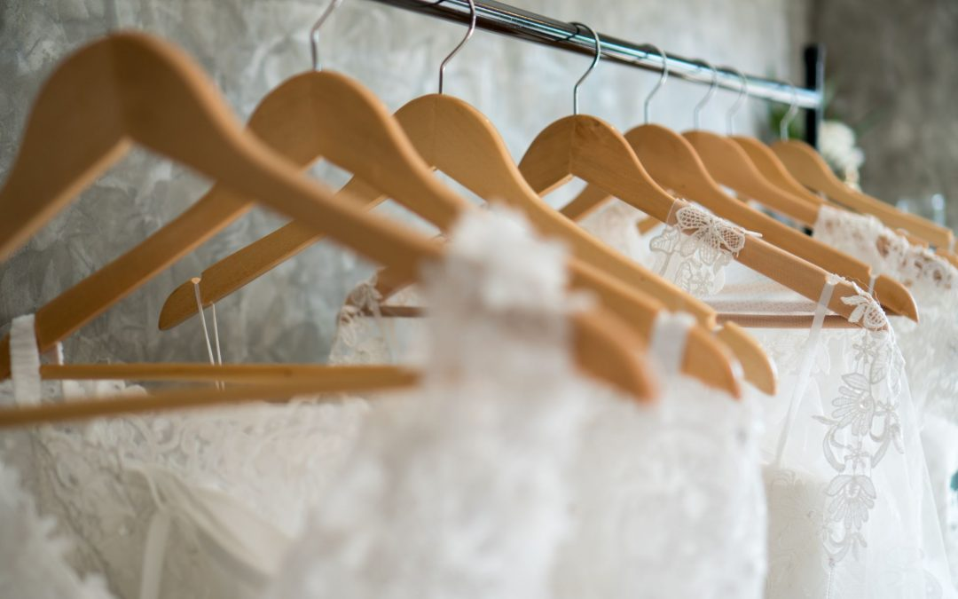 all kinds of wedding dresses, including beach wedding dress and more